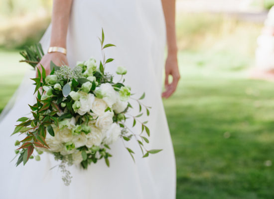 Seasonal Aspen Wedding Bouquet Ideas